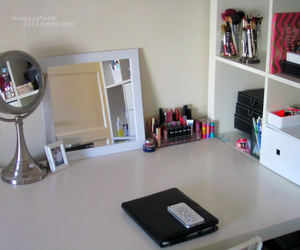 beauty, girly, and dressing table image