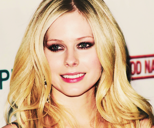 Avril Lavigne, smile, and concert image
