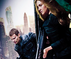 divergent, love, and tris image