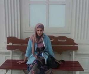 hijabis image