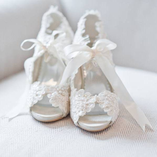 ShoesBridal Vintage Victorian Style Ivory Peep Toe Shoes Lace Pearls Size 4