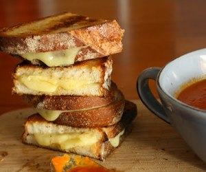 grilled cheese, soup, and tomato image