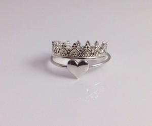 ring, heart, and crown image
