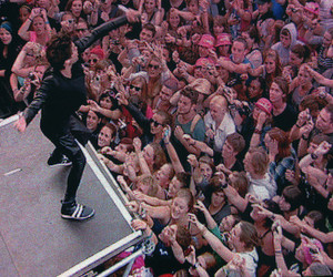 30 seconds to mars, awesome, and people image