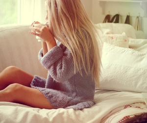 bed, blonde, and cosy image