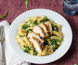 Chicken, garlic, and pasta image
