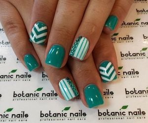 nails, green, and nail art image