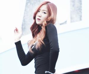 asian girl, k-pop, and kpop image