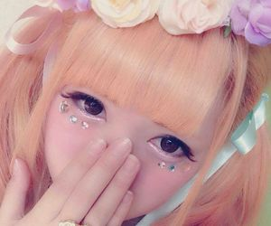 doll, make, and princess image