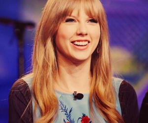 Taylor Swift and lovehersmile image
