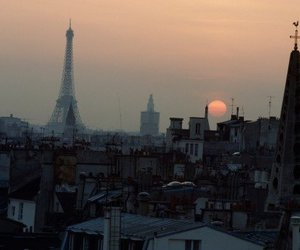 paris and photography image