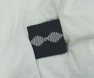 am, arctic monkeys, and black image