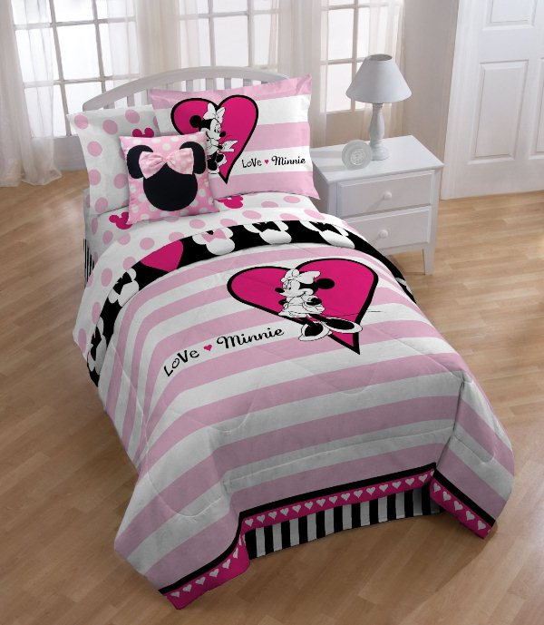 Bedroom. Warmth with a minnie mouse comforter set: Fascinating ...