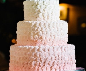 ombre and wedding cake image
