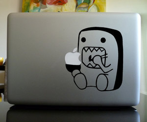 apple and domo image