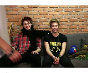 LUke, michael, and 5sos image