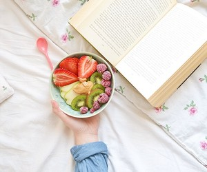 bed and fruit image