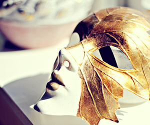 fashion, mask, and carolinemaria.blogg.no image