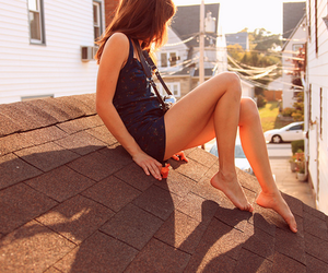 fashion, roof, and girl image