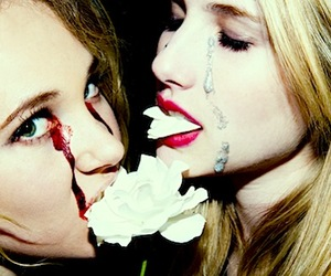 emma roberts and juno temple image