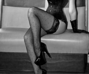 corset, liguero, and negro image