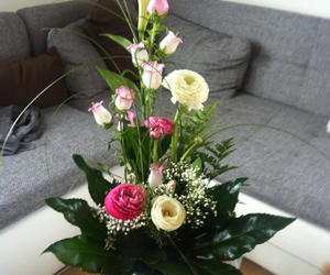 bouquet, boyfriend, and mother image