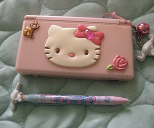 hello kitty and ds image