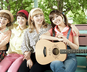 korea, kpop, and singers image