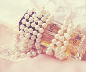 girls, cute, and perfume image