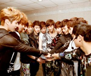 exo and we are one we are exo image