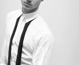 Taylor Lautner, boy, and twilight image