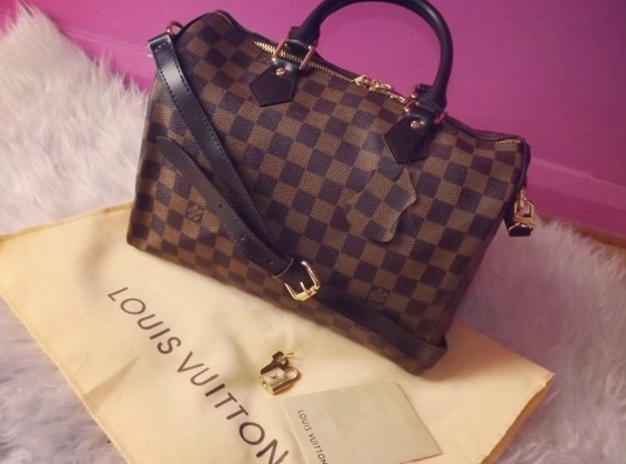 04245a4c5ed4 Louis vuitton bag discovered by PINK♔ on We Heart It