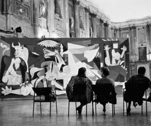 picasso and Guernica image