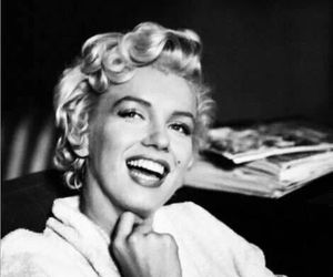 Marilyn Monroe, beautiful, and smile image