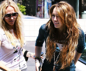 miley cyrus, mommy, and with mom image