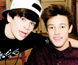 cameron dallas and hayes grier image