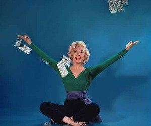 Marilyn Monroe, 50s, and money image
