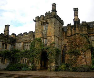 derbyshire, haddon hall, and national park image
