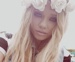 alli simpson, blonde, and flowers image