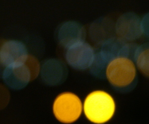 blurred, luces, and lejos image