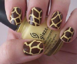 nails, giraffe, and nail art image