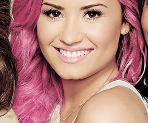 beauty and demi image