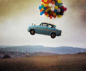 car, balloons, and fly image