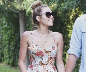 miley cyrus, beautiful, and dress image