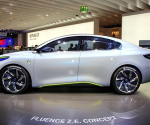 electric car, hd images, and renault fluence image
