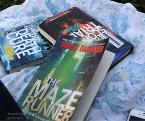 books, reading, and the maze runner image
