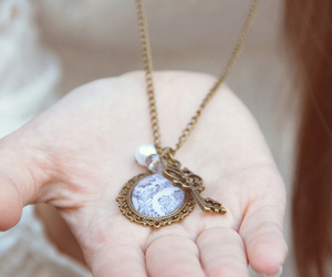 necklace, vintage, and blue image