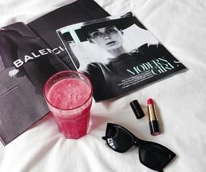 fashion, lipstick, and magazine image