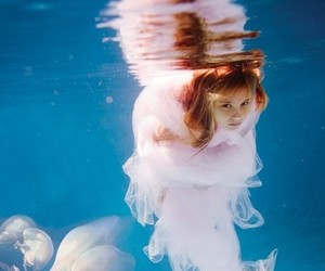 girl and underwater image