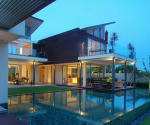 house, Dream, and pool image